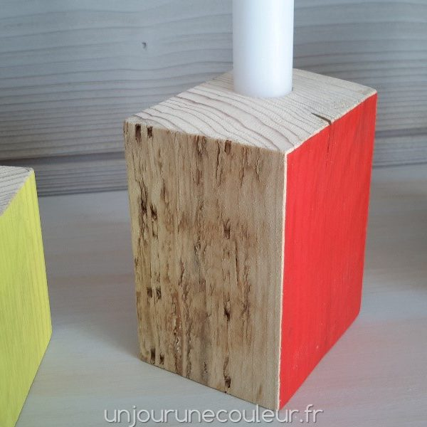 Bougeoirs Cubic en bois recyclé Orange
