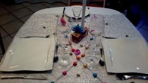 Décoration de table réveillon coloré