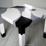 Table basse Ikea relookee noir gris blanc
