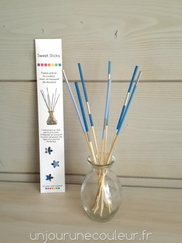 Sweet Sticks bleus bouquet tiges de bambou peintes