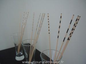 Bâtonnets peints noirs, argentés et blanc, un accessoire déco toute en finesse