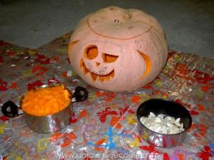 Citrouille d'Halloween, soupe et pépins grillés