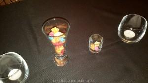 Etoiles colorées en origami déco de table