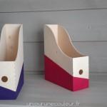 Boites à archives en bois peintes en rose et violet
