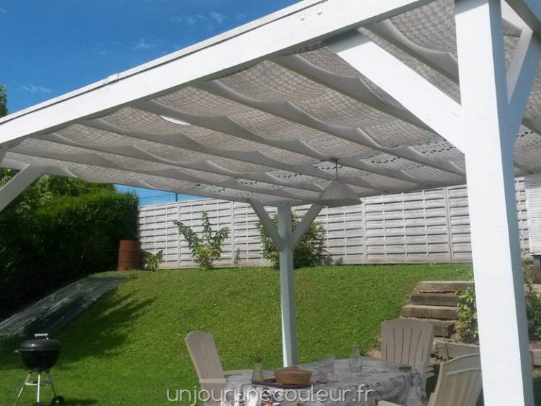 la terrasse a un petit air de vacances avec ma pergola relookée (3)